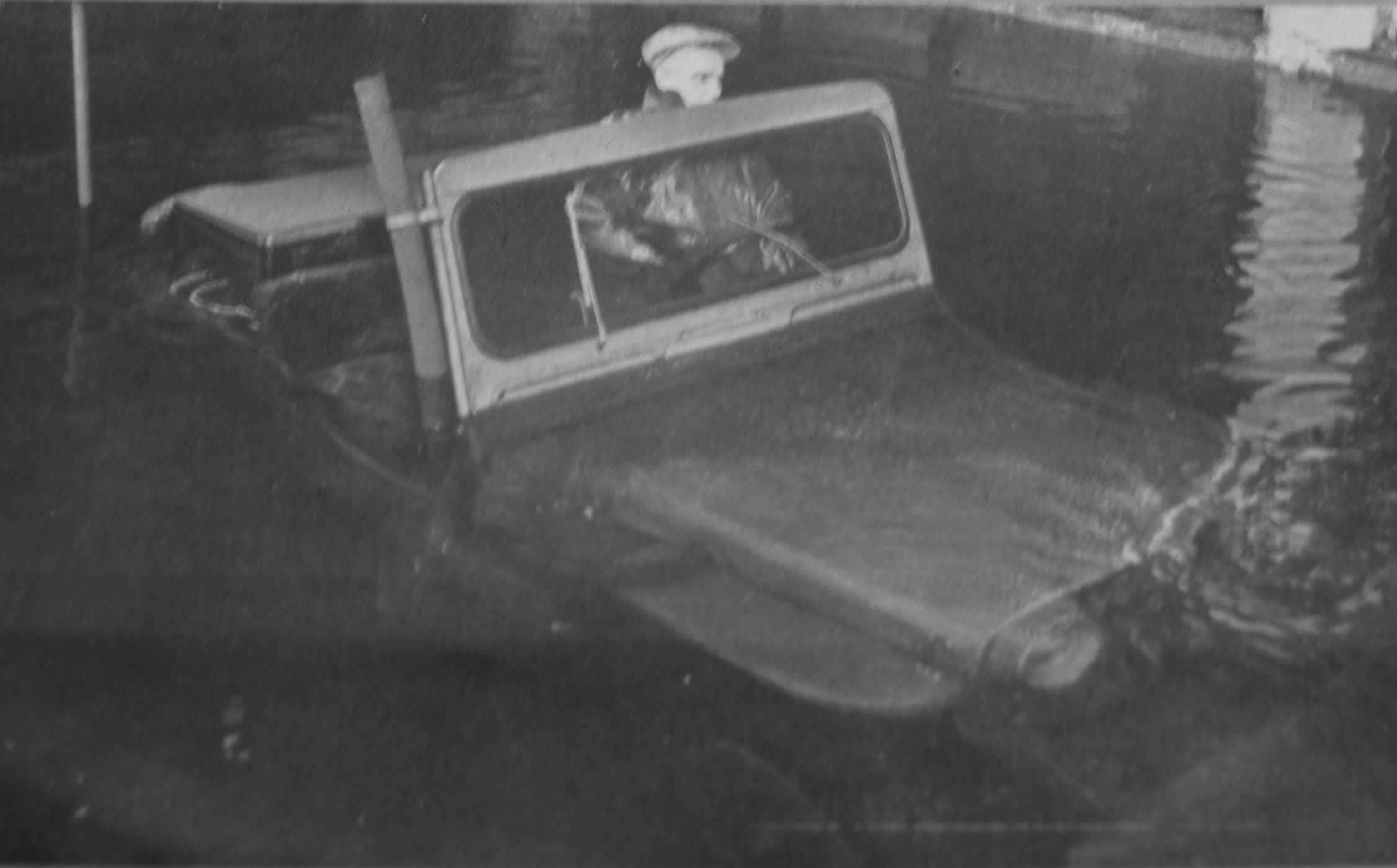 V-35 no tanque de teste